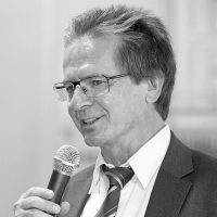 Helmut Hiertz, FA für Neurochirurgie