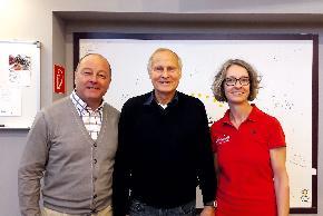 Hier wird Trainingslehre relevant eingesetzt: Prof. DDDr. Weineck beim Besuch xmit Dr. Josef Wiesauer und Mag. Doris Auer