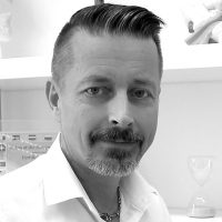 Dr. Markku Patjas, Facharzt für Hals-, Nasen- und Ohrenheilkunde sowie für Phoniatrie und Pädaudiologie.